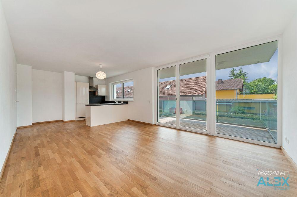 immobilienfotos zur vermietung einer renovierten wohnung in b rmoos. Black Bedroom Furniture Sets. Home Design Ideas